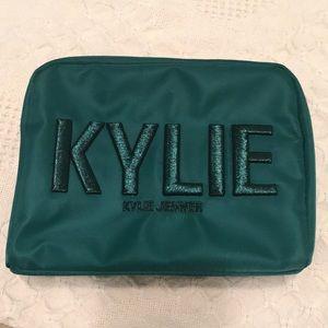 Kylie Cosmetics Christmas 2017 Makeup Bag